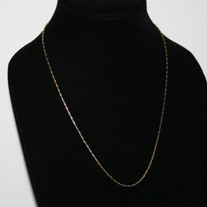 """Beautiful gold vintage chain necklace 21"""""""